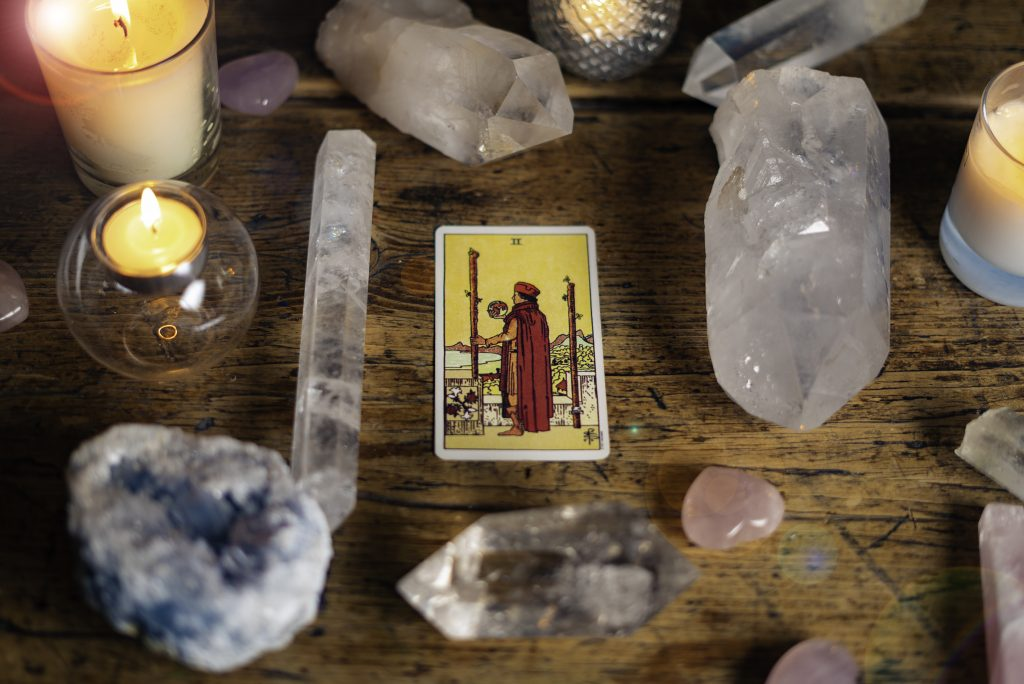 Your Free Tarot Card Reading - Choose one of the six Tarot