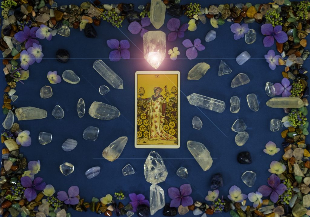 The Power of the Moment Interactive Tarot Reading - Pick A