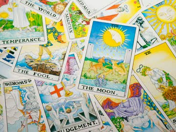 Boost Your Insight With Six Easy Steps to Tarot Empowerment
