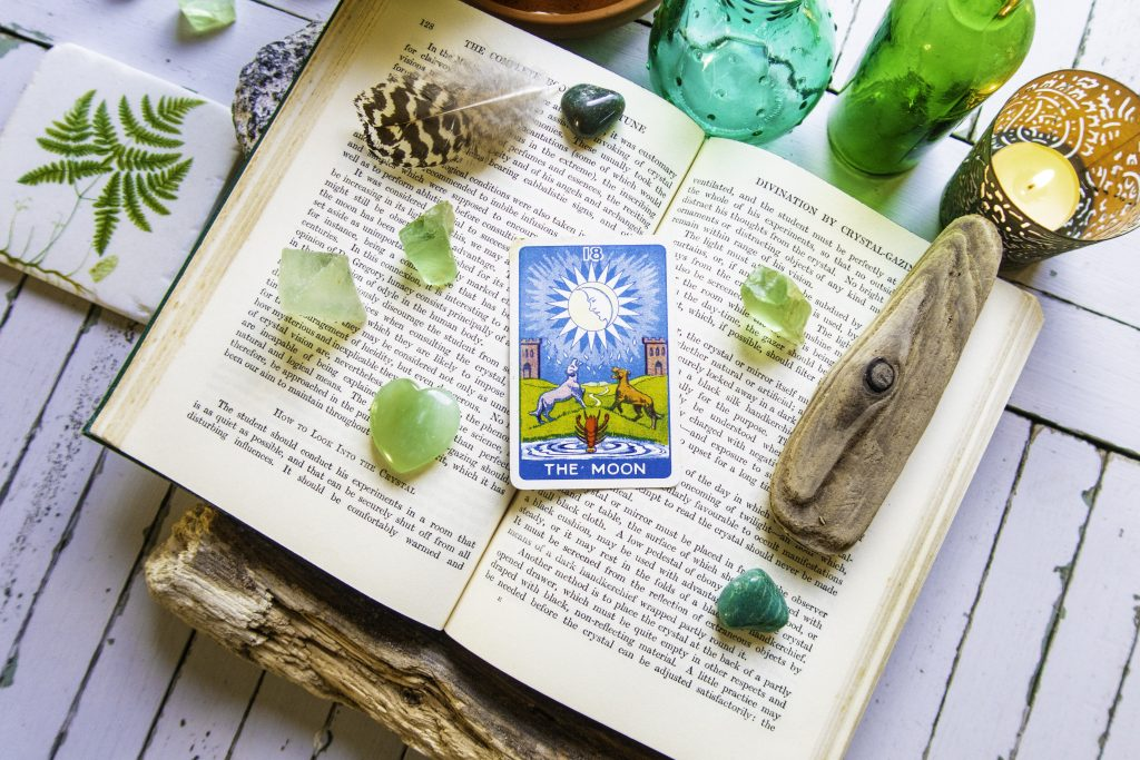 FLOWER POWER SPINNER Divination Fortune Telling Game Pagan Wicca Meditation